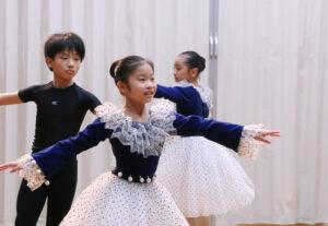 リハーサル風景 マミバレエスタジオ 舞台からの経験を大切にする奈良県橿原市のバレエスタジオ