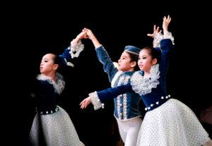 第5回発表会|マミバレエスタジオ 舞台からの経験を大切にする奈良県橿原市のバレエスタジオ