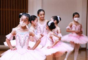 リハーサル風景|舞台からの経験を大切にする奈良県橿原市のマミバレエスタジオ